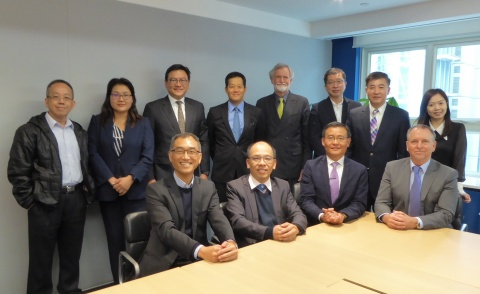 the_45th_ioq_hk_council_committee_members_team_photo_2018_480_02
